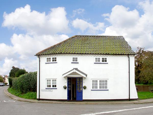 Corner Cottage, Wangford, holiday rental in Blyford