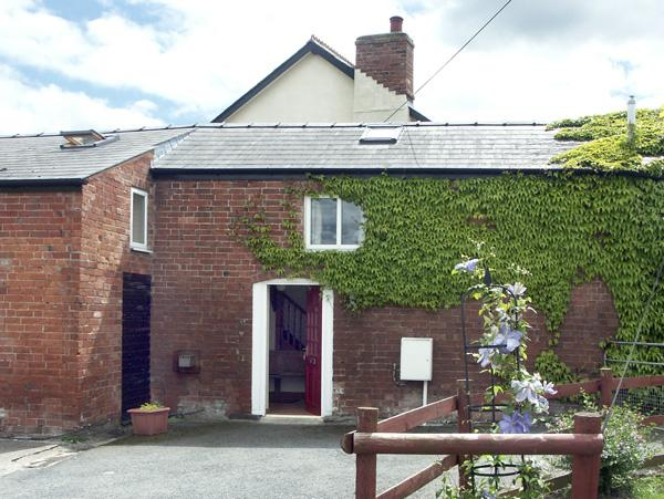 THE COACH HOUSE, pet friendly, country holiday cottage, with a garden in Canon, location de vacances à Hope Under Dinmore