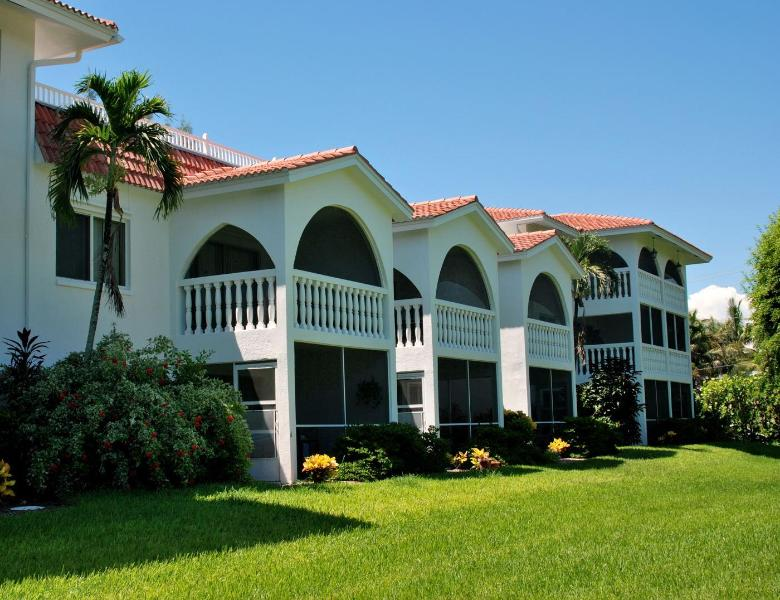 B-2 Breakers West, 2BR/2BA Condo, Olde-Fla Charm, vacation rental in Sanibel Island
