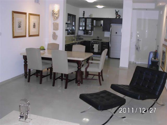 Luxury Seafront Apartment on Poleg Beach Netanya, holiday rental in Netanya