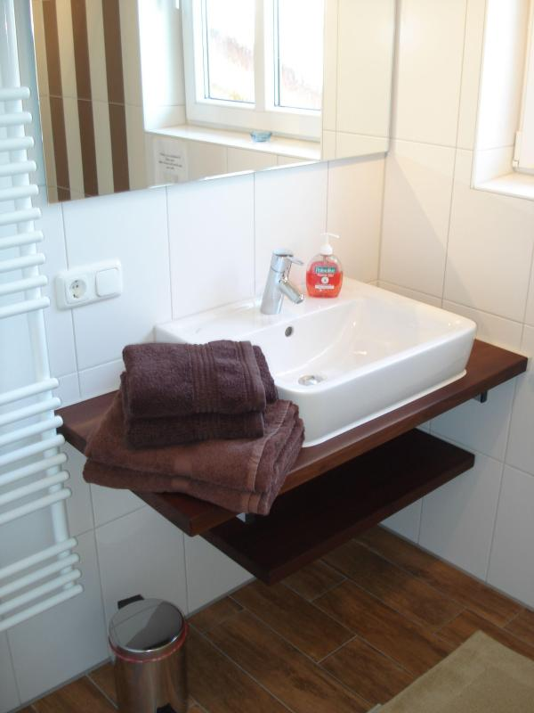 Bathroom 2 with walk-in shower Birkeneck 2 (1st floor)