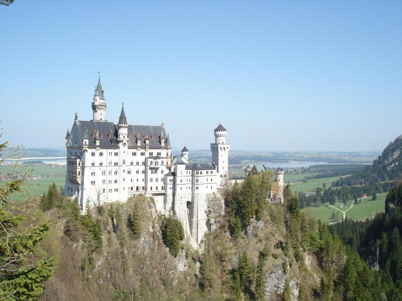 Neuschwanstein Castle and lake/alpine surrounding