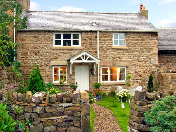 PROSPECT COTTAGE, family friendly, country holiday cottage, with a garden in, casa vacanza a Beamish