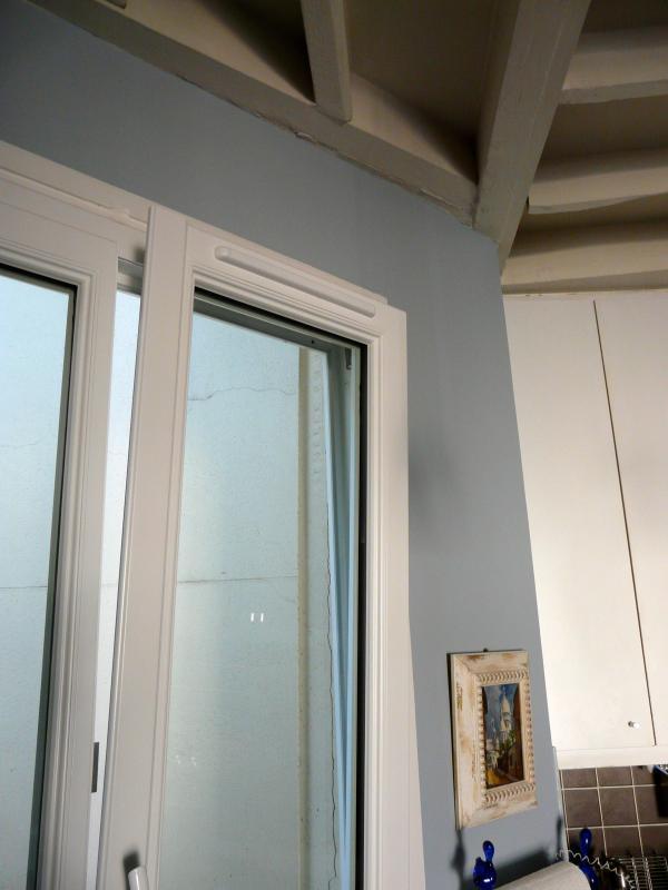 Fenster in der Küchenzeile
