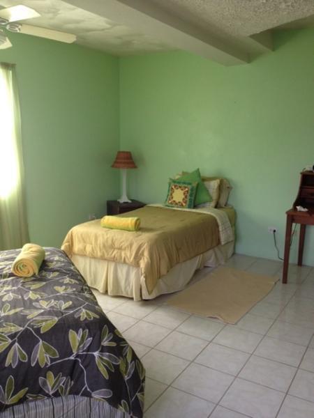 Blick auf niedriger Ebene Schlafzimmer