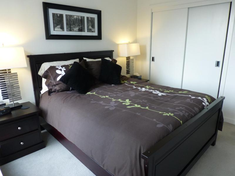 Comfortable Bedroom With A Queen - Plush Bed