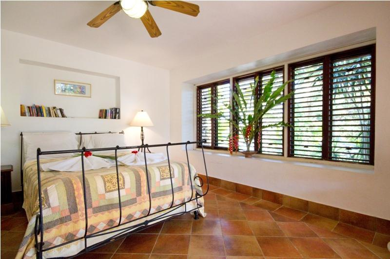 Apartamento con jardín (3 dormitorios)