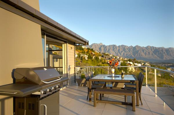Outdoor cooking and dining with a view