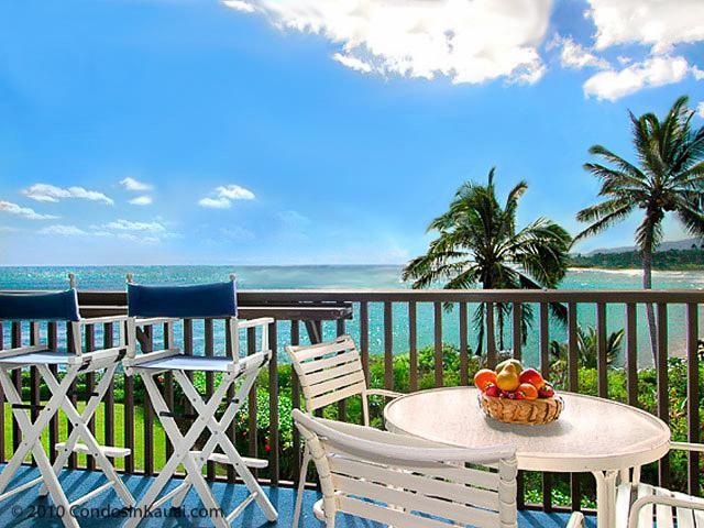 Beautiful Oceanfront Oceanview 1 Bedroom Deluxe Kauai Condo, vacation rental in Kapaa