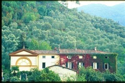 Villa Lorenzo Estate, holiday rental in Vorno