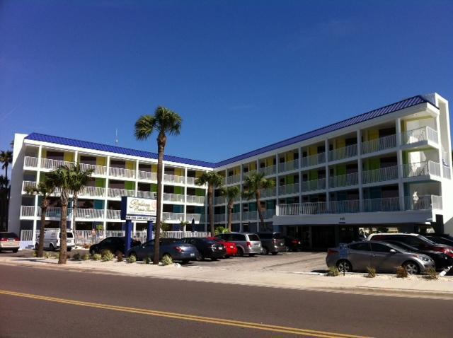 Pelican Pointe Resort - Clearwater Beach