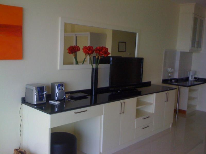 The best beachfront condo jomtienbeach pattaya Viewtalay 7, holiday rental in Pattaya