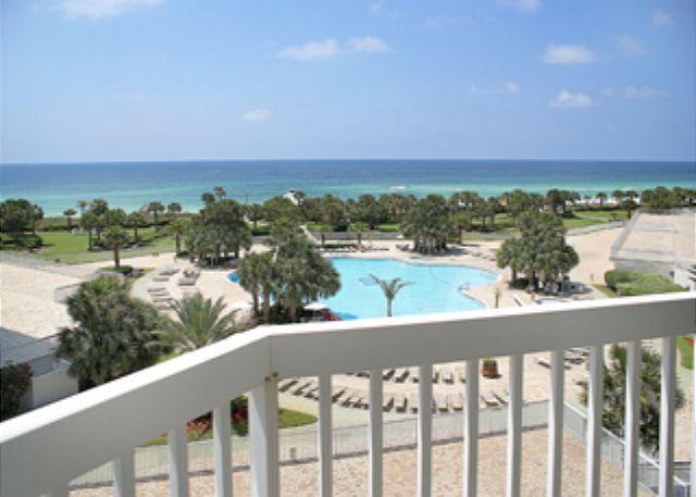 Balcony Pool & Gulf View