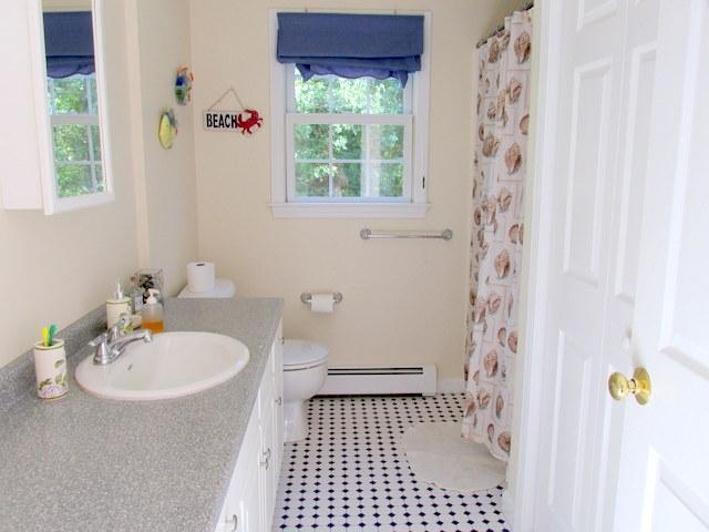 Primer piso ~ baño completo