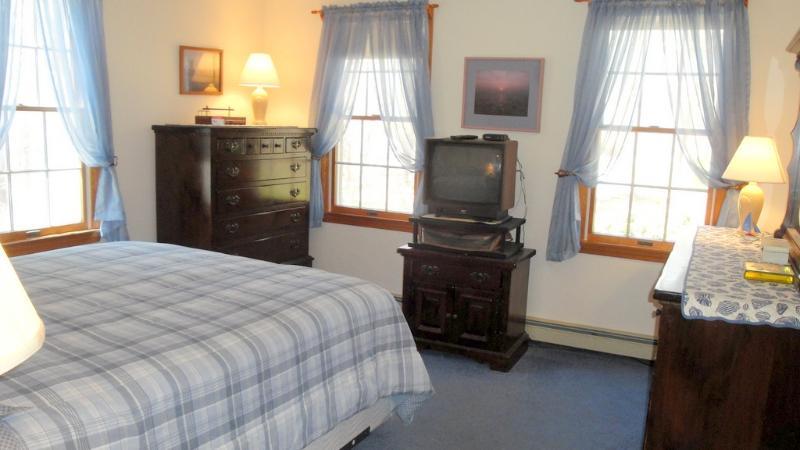 First Floor ~ Queen Bedroom