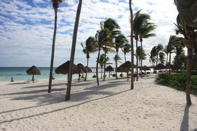 Relax in quiet peaceful paradise your beach at VDM