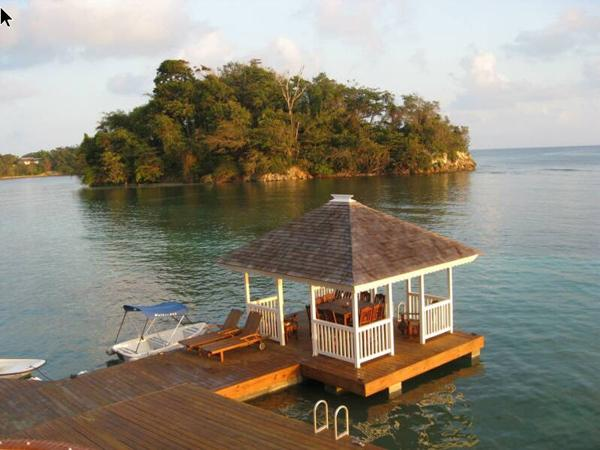 San Cove - Port Antonio 4 Bedroom Oceanfront, holiday rental in Port Antonio