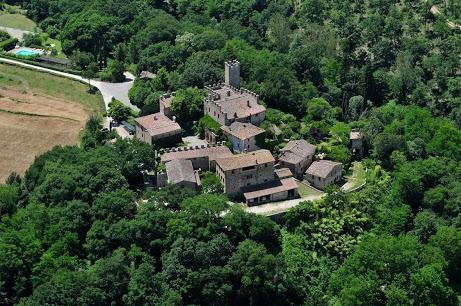 CASTELLO DI MONTALTO - 2 bedroom Villa in Chianti, vacation rental in Castelnuovo Berardenga