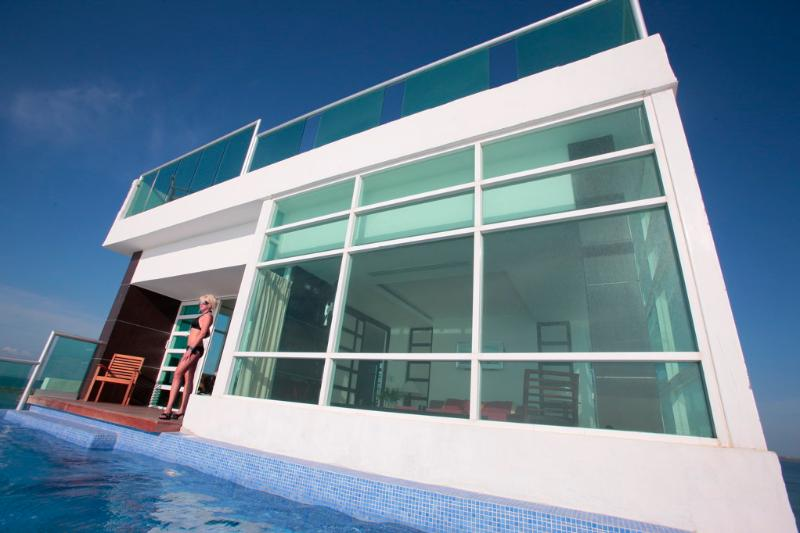 by Tim M - Penthouse #2000 - 2 Private Pools! Private Elevator! Panoramic Views! – semesterbostad i Cancún