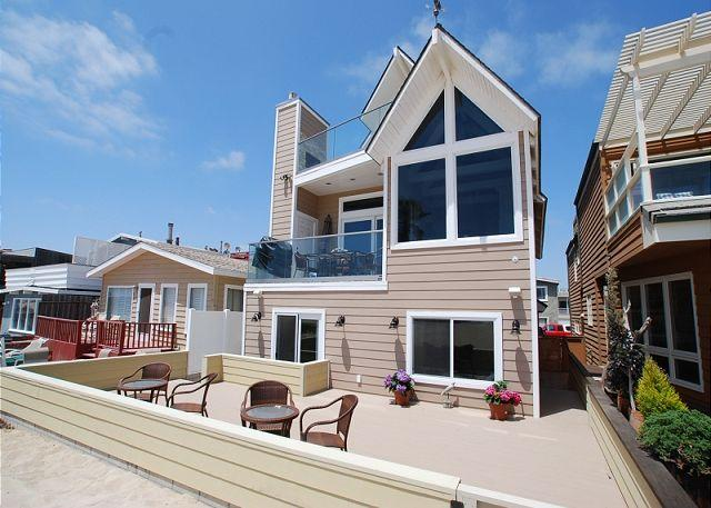 Gorgeous single-family home on the beach with a great patio and two decks.