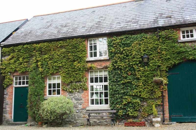 Mount Cashel Lodge - sleeps 5