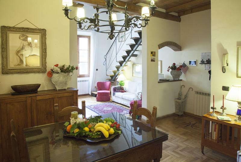 Duomo Florence luxury apartment, perfect location, holiday rental in Florence