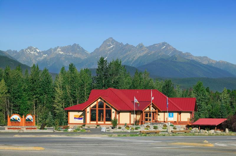 The Valemount Visitor Centre. Plan & Book Your Rocky Mtn. Adventures from Here.