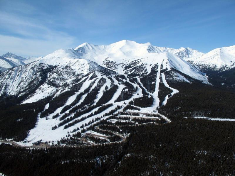 Jasper's Marmot Basin is only a 90 minute Drive from the Lodge.
