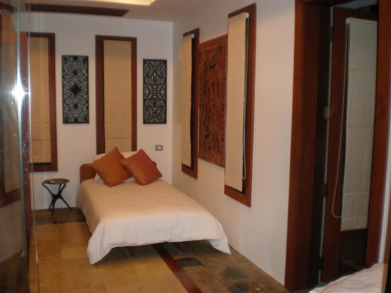 Bedroom in lower annexe