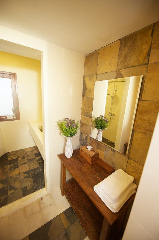 bathroom of garden suite