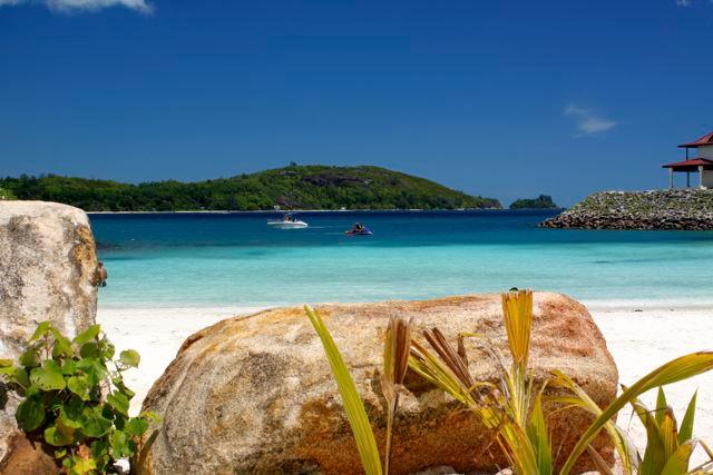 Eden Island - Anse Bernitier stunning beach with excellent snorkelling