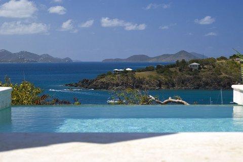 Disparition bord piscine et vue à St Thomas