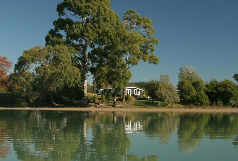 Karaka cottage from the Waimea Inlet