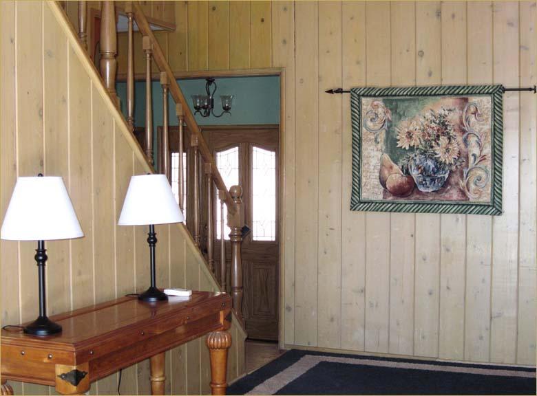 livingroom and foyer