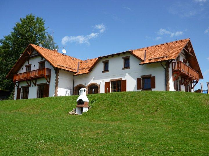 VILLA VICTORIA- Luxury Family House near lake&ski, holiday rental in Lipno nad Vltavou