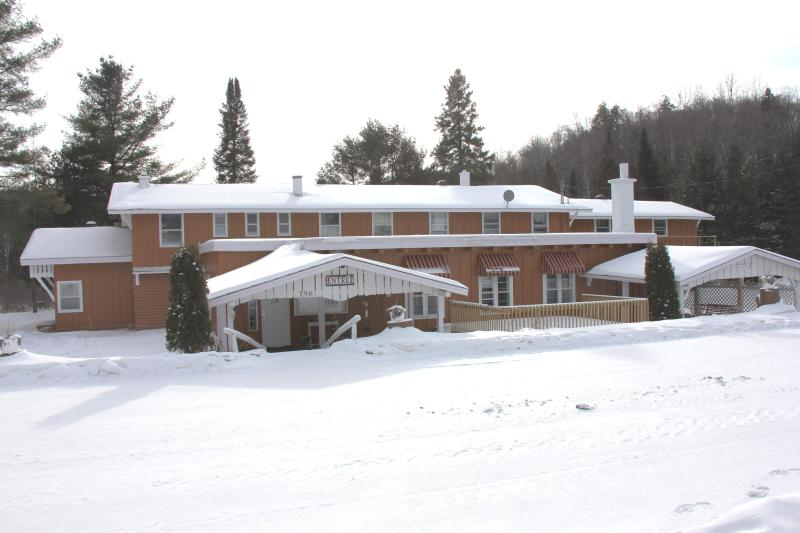 Chalet Morin Heights (Winter)