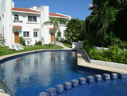 Casa Selva Caribe - large pool right by the front door, secluded terrace at the rear.