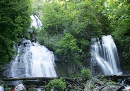 Anna Ruby Falls im Unicoi State Park