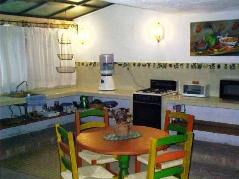 downstairs apt, kitchenette