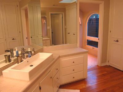 Villa Tranquila, Vanity Room leads to Luxury Shower Room
