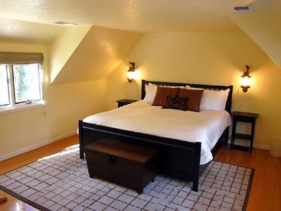 Villa Tranquila, King Bed, Classic River Mansion