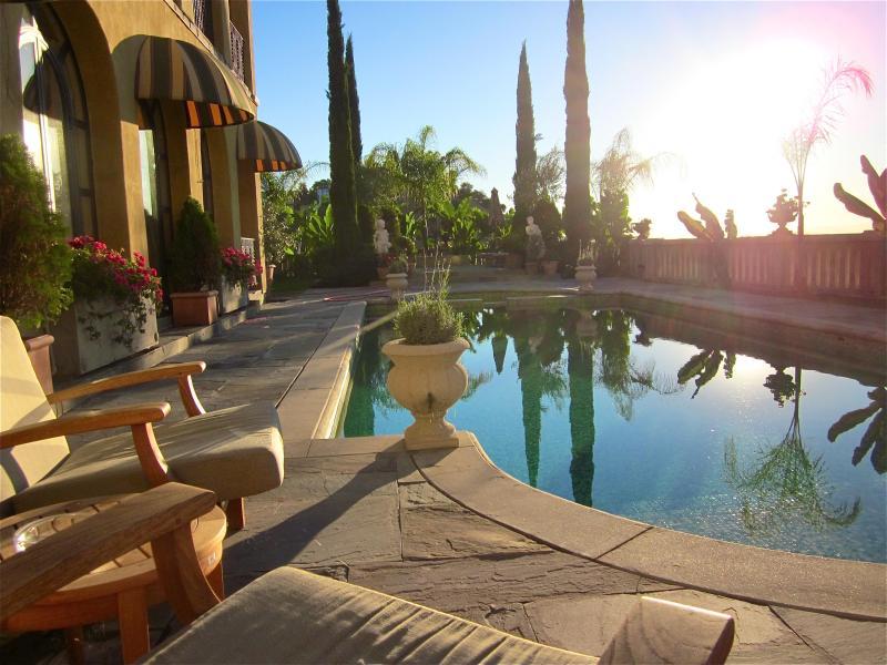 jardin luxuriant, paisible et privé.