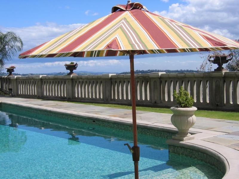 La Villa Sophia à Los Angeles est privé et paisible à seulement un mile du village de Los Feliz.