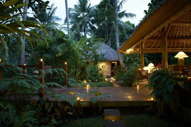 Villa Sungai by nightVilla Sungai by night