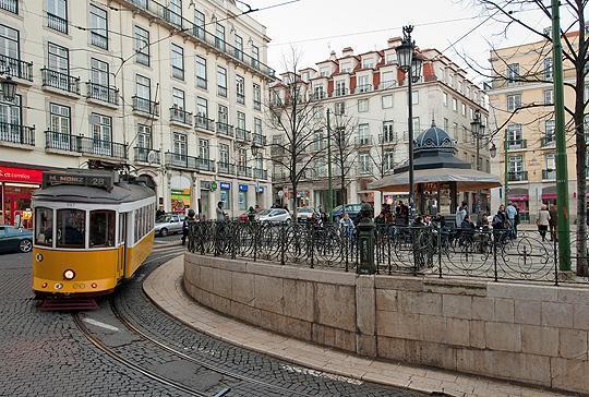 Le Tram à Praça Camões