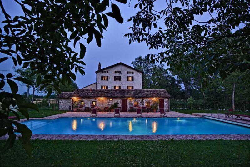Villa La Contenta If rented for 12 people, vakantiewoning in Vo
