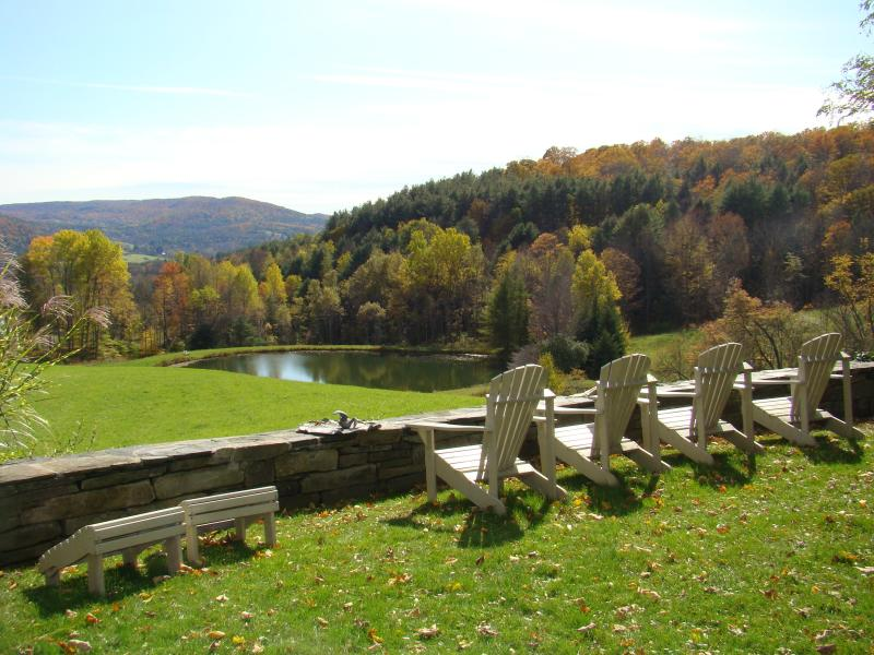 Woodstock Carriage House! Vermont's finest county road with scenery and farms., alquiler vacacional en Barnard