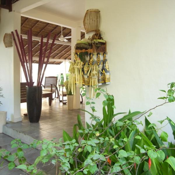 Entry to the villa from the entry courtyard