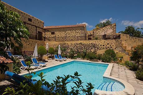 The pool at La Bodega. La Bodega, Casa Rural,cottages, San Miguel, Tenerife.
