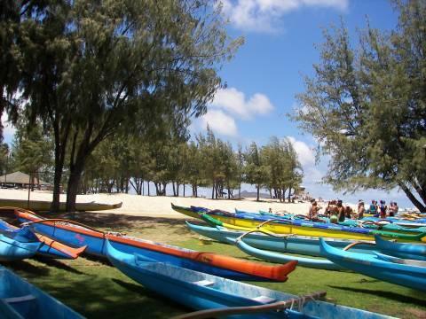 outriggers Kailua park